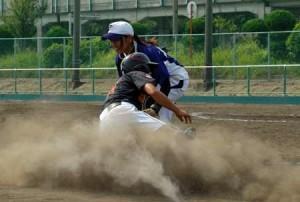 ベースランニング,ソフトボール